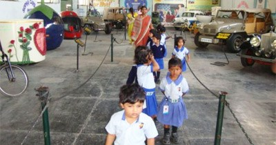 Field trip to  Sudha Car Museum - 27th December, 2010
