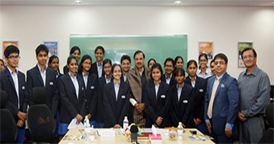 Hon'ble Union Minister, Dr Mahesh Sharma, interacts with GIIS students worldwide