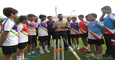 Leadership Lecture: Cricketer Parthiv Patel plays different strokes at GIIS Ahmedabad!