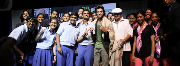 Mr Rakesh and Hrithik Roshan with GIIS students